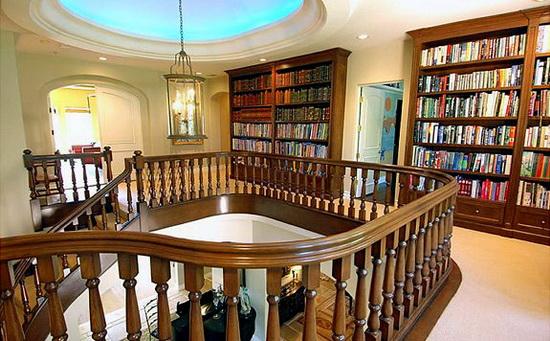 domasnite-biblioteki-na-poznatite-7