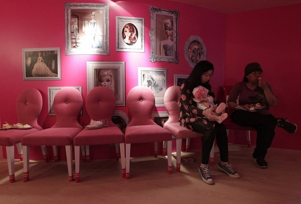 otvoren-e-prviot-barbie-restoran-vo-svetot-2