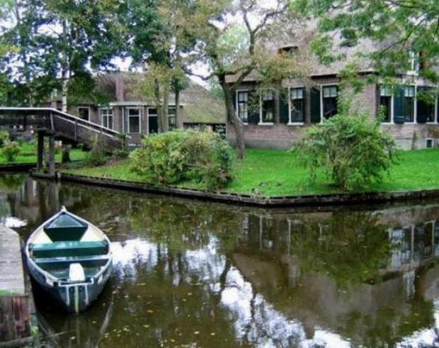 gitron-najubavoto-holandsko-selo-mini-venecija-vo-holandija-2