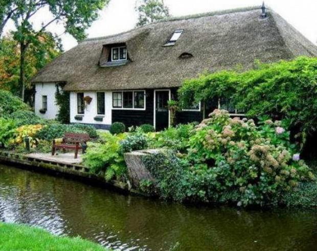gitron-najubavoto-holandsko-selo-mini-venecija-vo-holandija-4