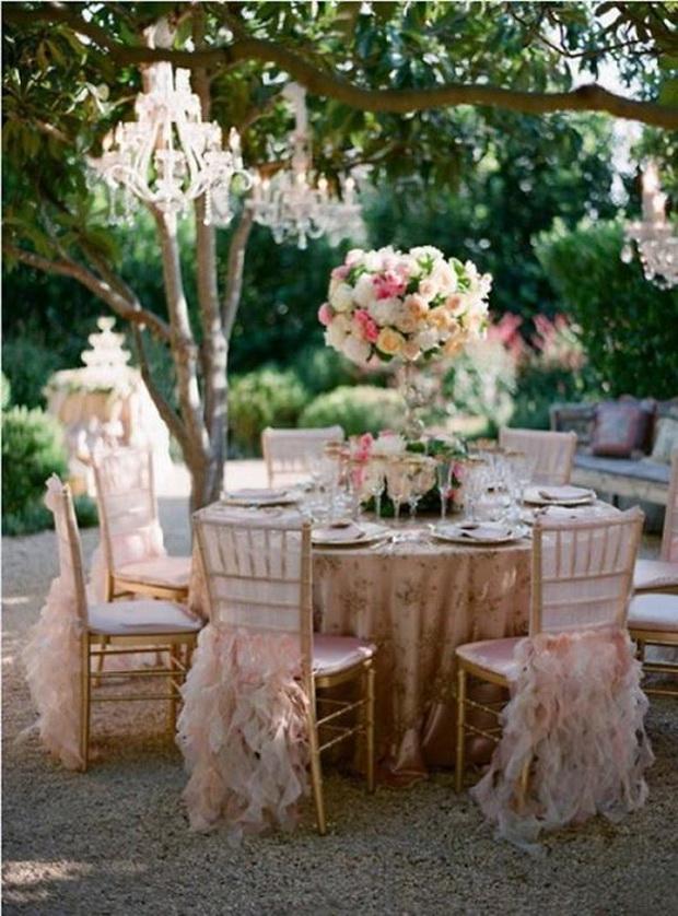 eksplozija-od-boi-vo-svadbenite-dekoracii-05