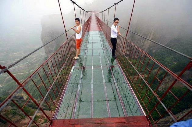 projdete-ako-mozete-ova-e-najstrasniot-most-vo-svetot-foto-06.jpg