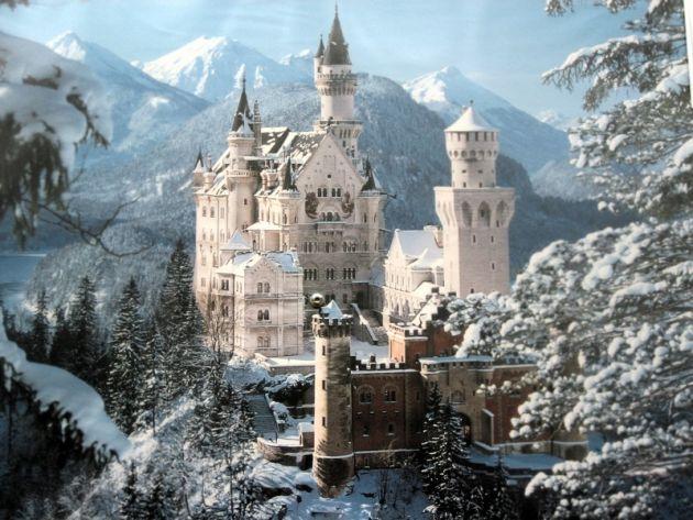 bajkite-vo-realnosta-najubavite-dvorci-vo-svetot-.1-