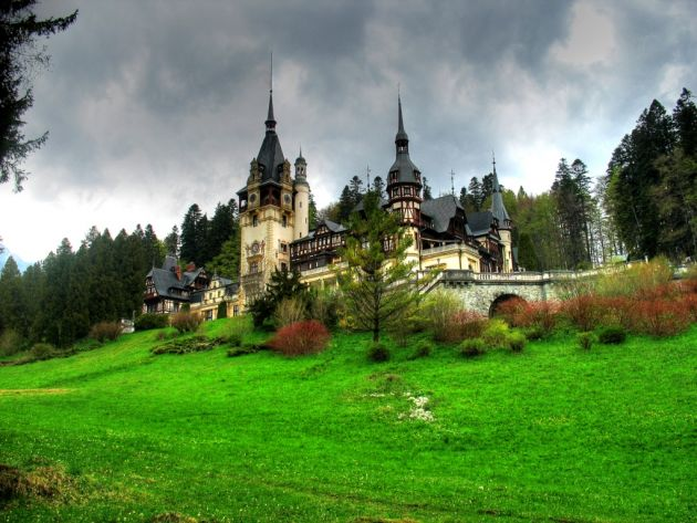 bajkite-vo-realnosta-najubavite-dvorci-vo-svetot-.8