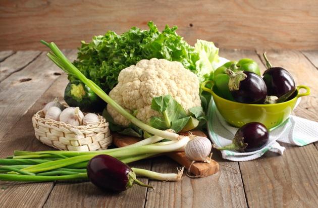 hrana-so-negativni-kalorii-kolku-poveke-ja-jadete-tolku-polesno-slabeete-01.jpg