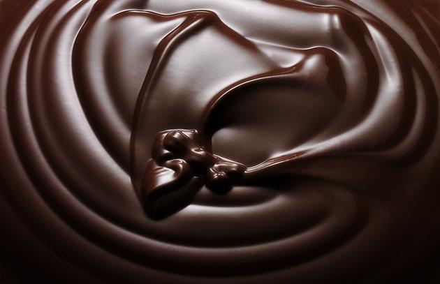 cokoladna-dieta-slabejte-so-vashiot-omilen-desert-001.jpg