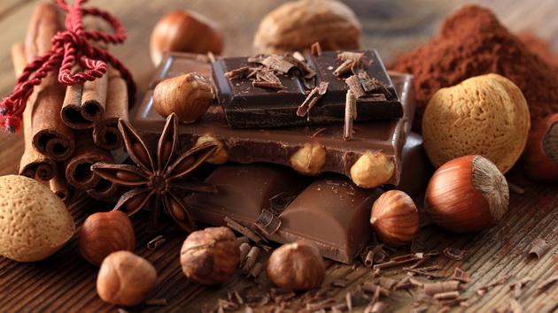 cokoladna-dieta-slabejte-so-vashiot-omilen-desert-01.jpg