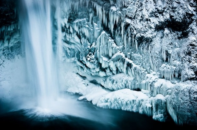 10te-najubavi-gletki-kreirani-od-sneg-i-mraz-8.jpg