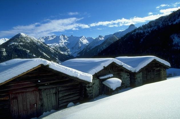 15-mesta-vo-italija-koi-se-poubavi-so-sneg-7.jpg