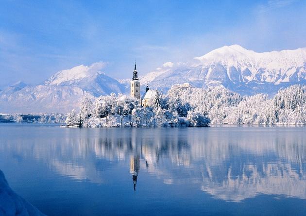 hit-destinacija-vo-zima-ubavinite-na-ezeroto-vo-bled-01.jpg