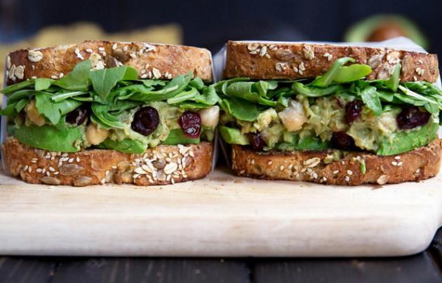 10-zdravi-obroci-koi-se-pravat-za-10-minuti-3.jpg