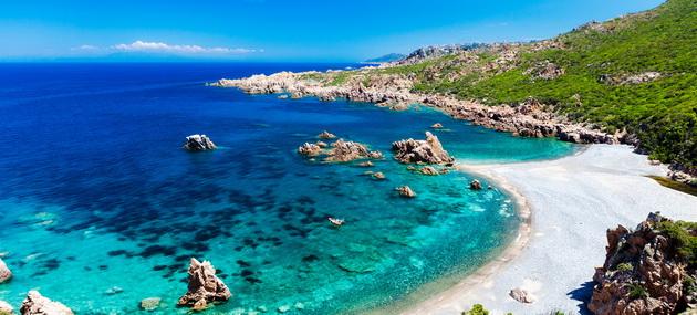 top-10-evropski-ostrovi-koi-se-najubavi-vo-leto-04.jpg