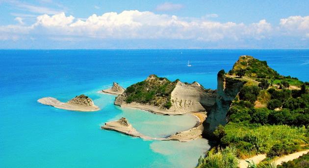 top-10-evropski-ostrovi-koi-se-najubavi-vo-leto-08.jpg