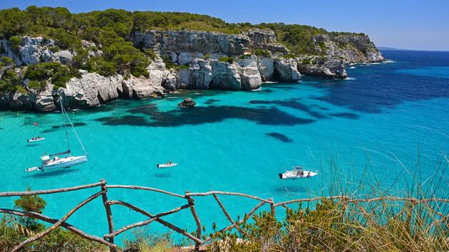 top-10-evropski-ostrovi-koi-se-najubavi-vo-leto-10.jpg
