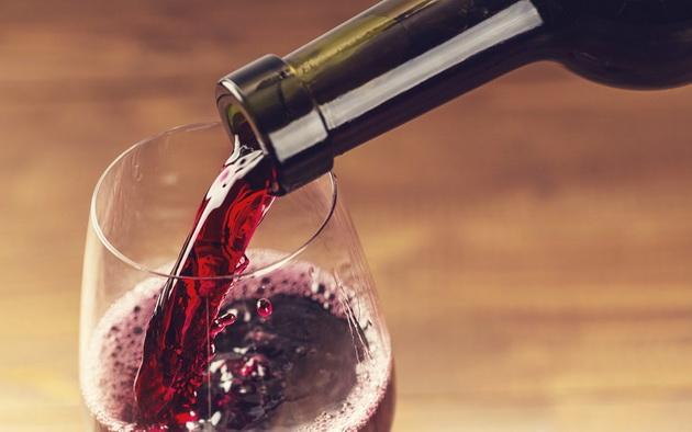 sveti-trifun-protiv-sveti-valentajn-slavite-ljubov-ili-vino-3.jpg