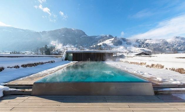 top-5-najubavi-nadvoresni-topli-bazeni-opkruzeni-so-planinia-4.jpg