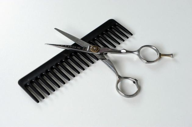 banker-ja-napushtil-rabotata-za-da-stane-frizer-denes-ima-9-saloni-i-zarabotuva-903000-godishno-03.jpg