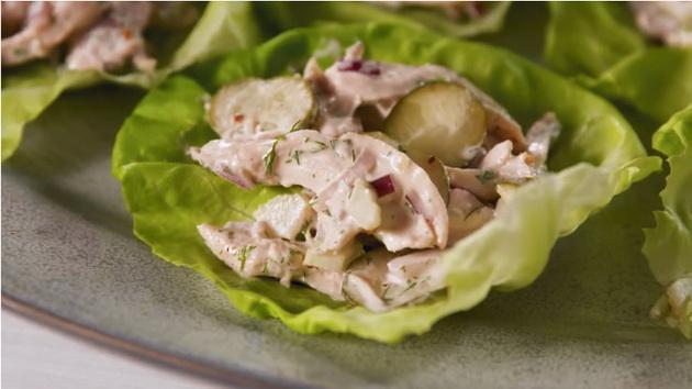 ladna-pileshka-salata-idealna-za-denovite-koga-ne-vi-se-gotvi-01.jpg