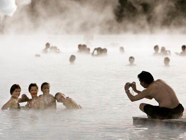 ochekuvanje-vs-realnost-razocharuvachki-fotki-i-fakti-za-sinata-laguna-vo-island-26.jpg