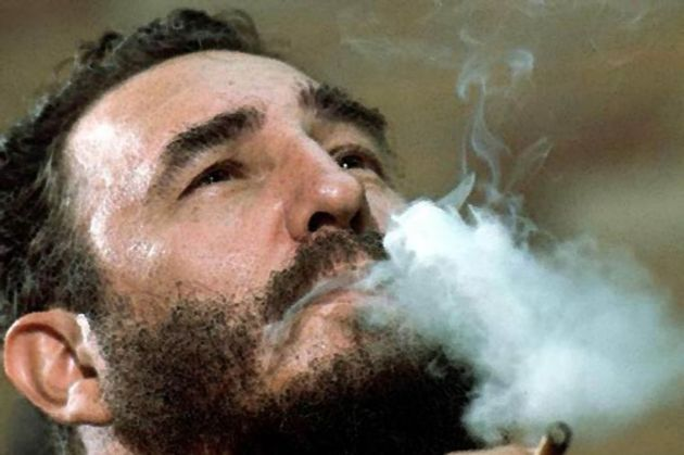Tajniot-zivot-na-Fidel-Kastro (1).jpg