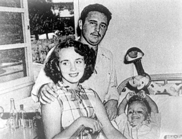 Tajniot-zivot-na-Fidel-Kastro (2).jpg