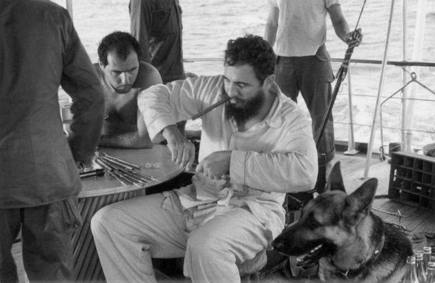 Tajniot-zivot-na-Fidel-Kastro (3).jpg