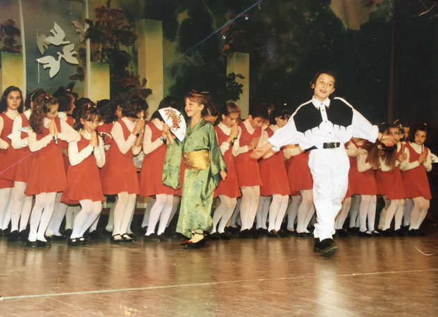 5-omileni-fotki-od-moeto-detstvo-so-vasil-garvanliev05.jpeg