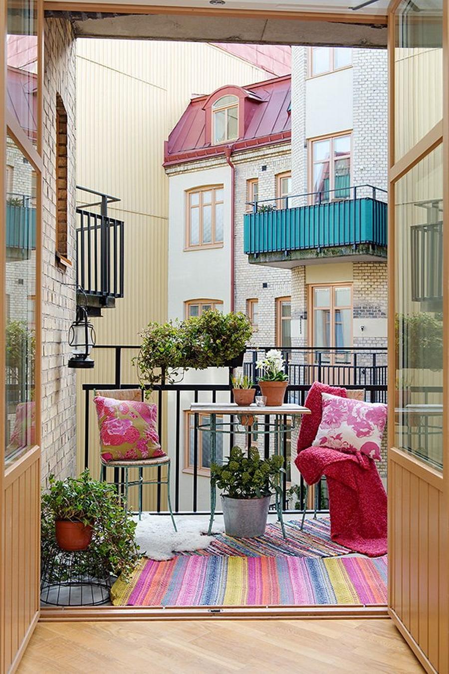Как оригинально оформить балкон - фото и примеры.